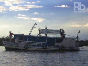 Soraia Magalhães - Quem está estimulando a leitura no Amazonas - Barco do Ler para Crescer - Foto Soraia Magalhães - COMTAG