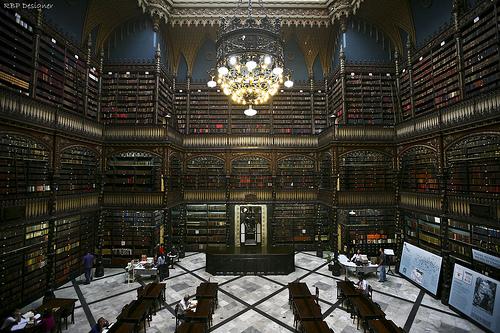 Soraia Magalhães - As bibliotecas mais bonitas do Brasil - imagem1