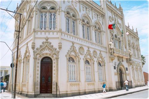 Soraia Magalhães - As bibliotecas mais bonitas do Brasil - imagem10