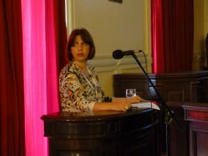 Eliane Azevedo - Bibliotecária da Biblioteca Carvalho de Mendonça. / Foto: Revista Biblioo
