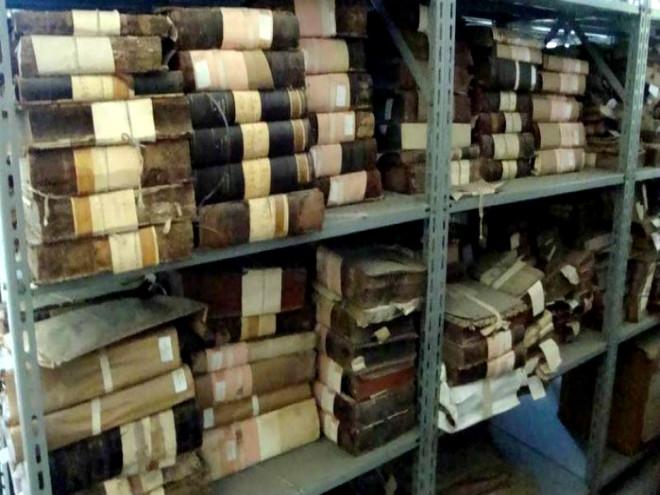 A coleção M-18, que reúne quatro mil livros do século XVIII e que, apesar de ter sido doada à Biblioteca Nacional em 1910, até hoje não está disponível para consulta pelo público - Alessandro Lo-Bianco / O Globo