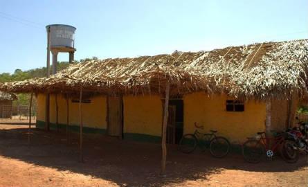 Escola de taipa na zona rural de Miguel Alves, no Norte do Piauí (Foto: Flaviane Tajra/Arquivo Pessoal)