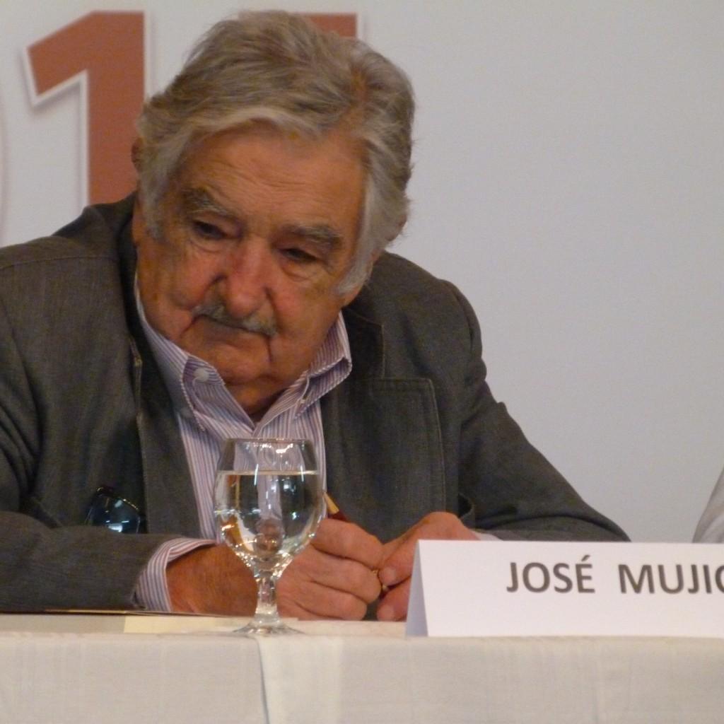 Mujica veio ao Brasil receber um prêmio oferecido pela foi oferecido pela Federação de Câmaras de Comércio e Indústria da America do Sul (Federasur). Foto: Rodolfo / Agência Biblioo