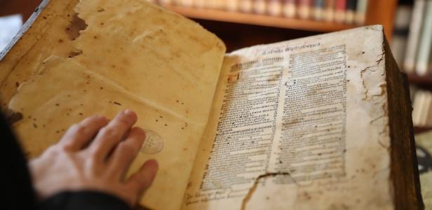 biblioteca do Mosteiro de São Bento 3