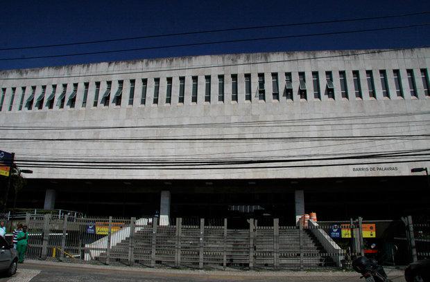 biblioteca-dos-barris
